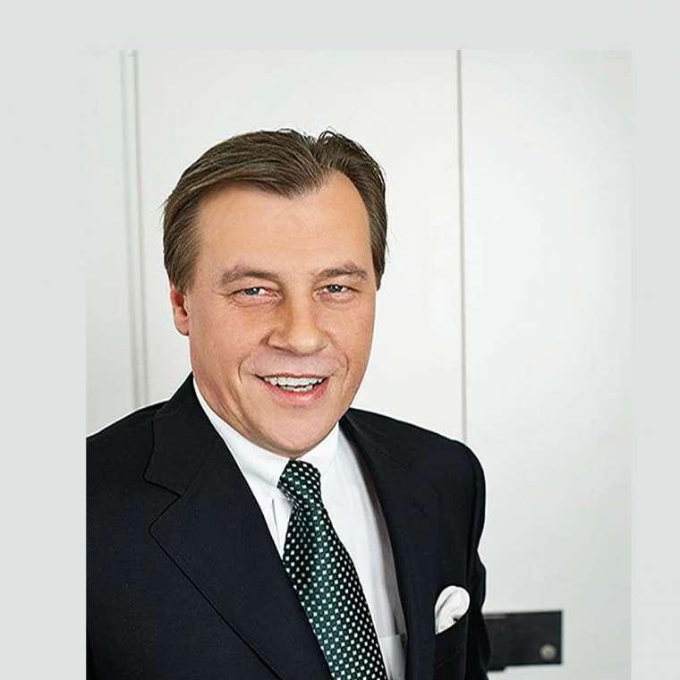 Ulrich T. Grabowski